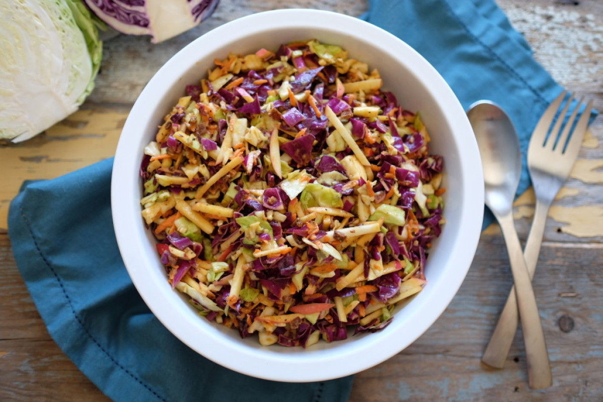 Paleo Coleslaw with Apples and Bacon