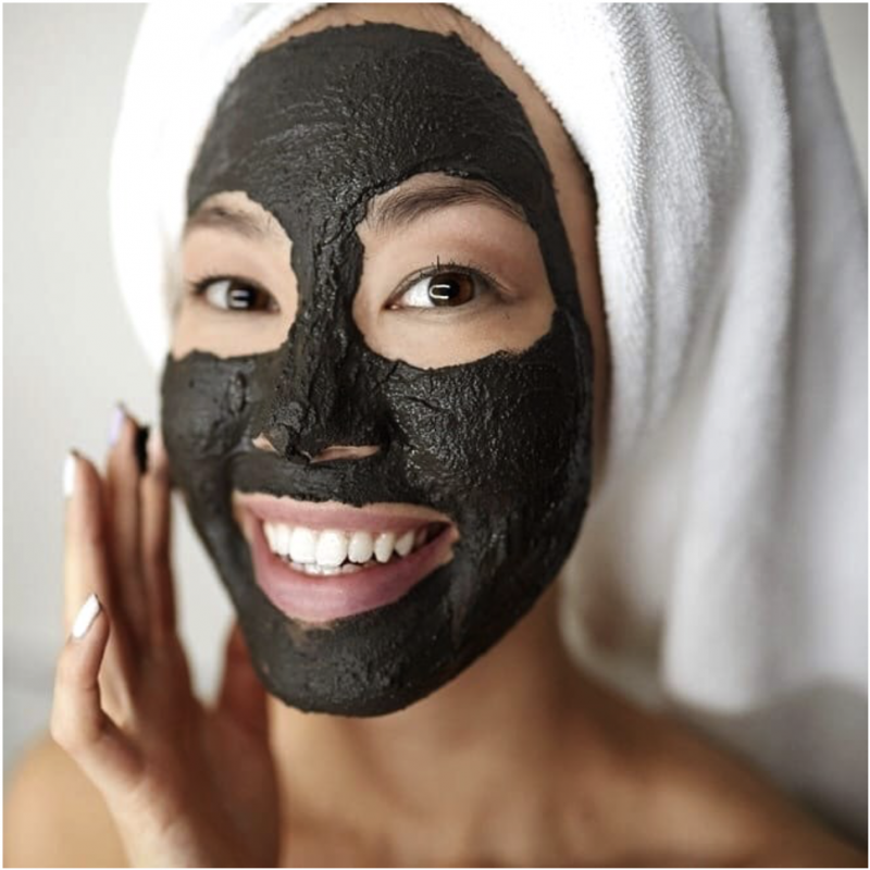 Araza Beauty Charcoal Mask