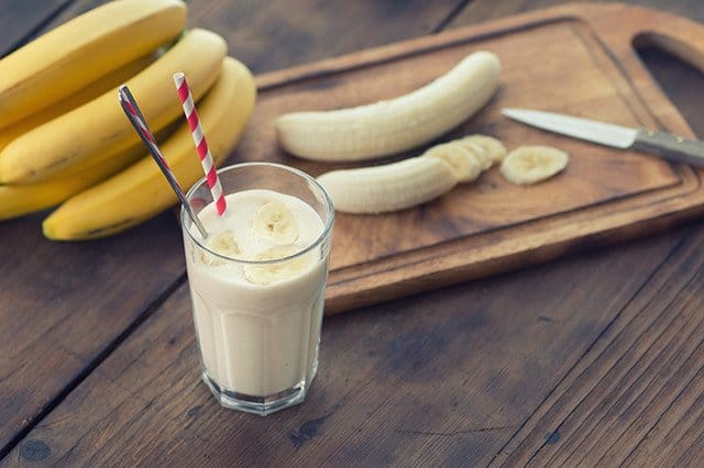 Banana and Vanilla Smoothie clean paleo new zealand