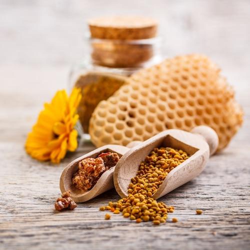 Honeycomb & Propolis - Beekeeper's Naturals - Certified Paleo - Paleo Foundation
